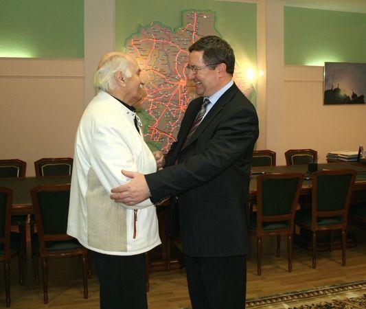Мичуринец Владимир Зельдин получил высокую государственную награду