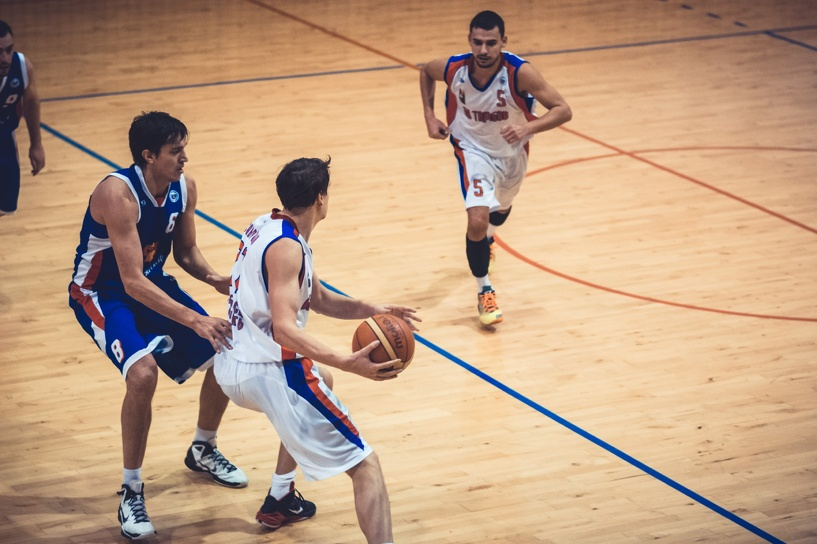 Вторая встреча с воронежцами принесла тамбовским баскетболистам победу