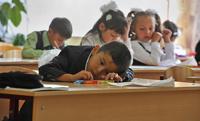 Дети мигрантов получат вид на жительство вместе со школьным аттестатом