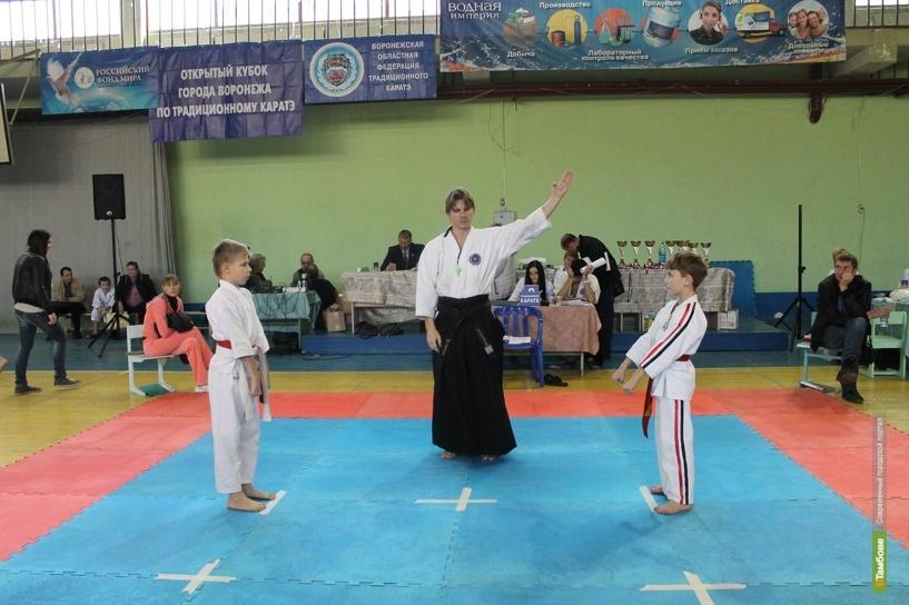 Тамбовские каратисты привезли из Воронежа 6 медалей