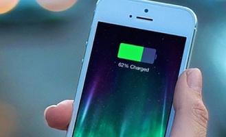 В России ученые научились заряжать мобильные телефоны по воздуху