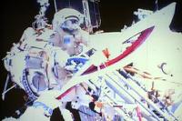 Мы это можем: факел Сочинской олимпиады побывал в открытом космосе