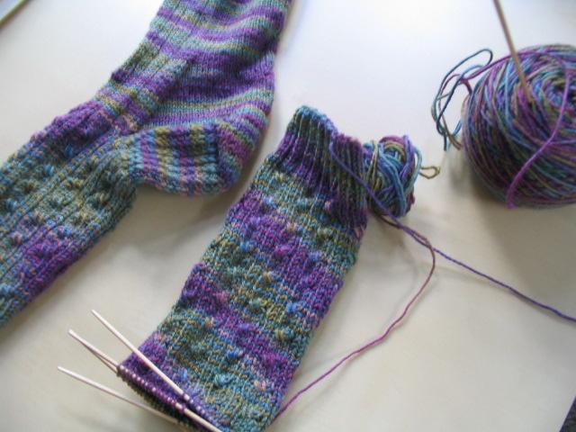 Рассказовцы отправят крымчанам посылку с носками