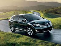 Toyota объявила рублевые цены на Venza