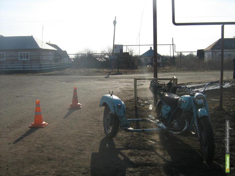 В Сосновском районе мотоциклист-нарушитель сбил женщину