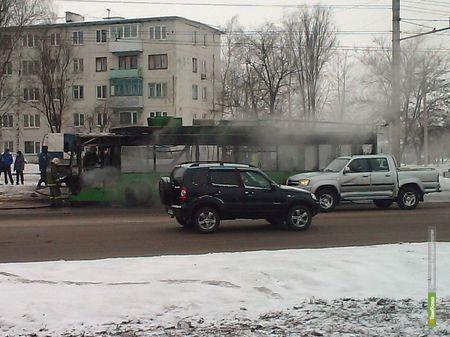 На севере Тамбова загорелся троллейбус
