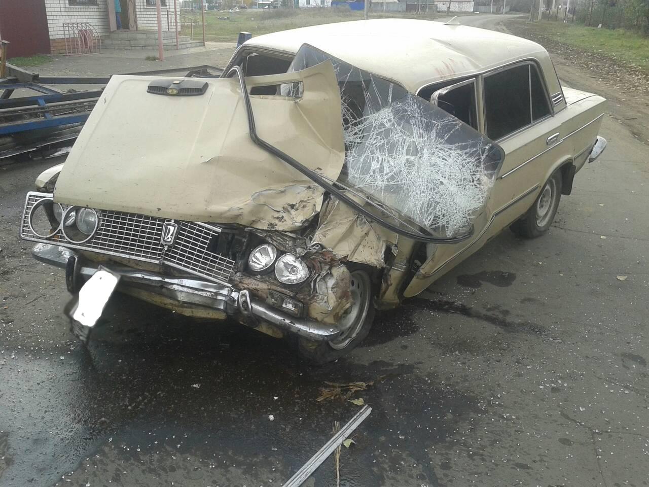 ВТамбовской области ВАЗ врезался втрактор, четверо в клинике