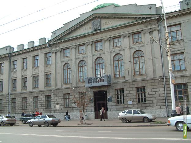 За прошлый год и.о. ректора ТГТУ заработал 2,5 миллиона рублей