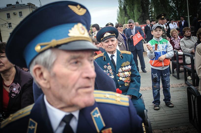 Тамбовчан приглашают поучаствовать в фестивале «Песни фронтовые - награды боевые!»