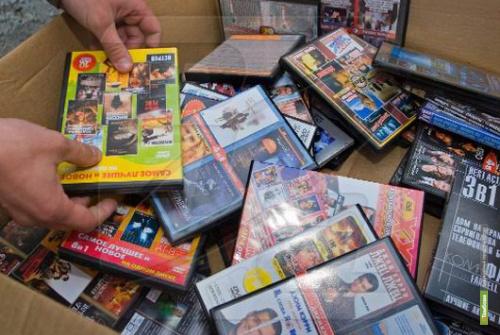 Тамбовские полицейские изъяли очередную партию «пиратских» дисков