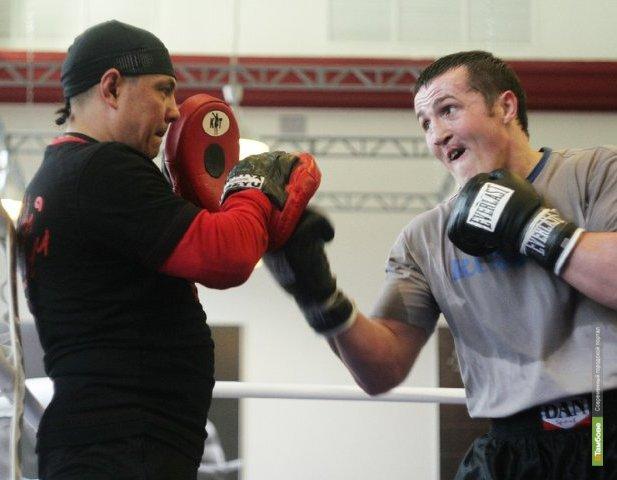 Чемпион мира по боксу пообщался с тамбовскими мальчишками