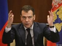 «Единая Россия» хочет заполучить в лидеры Медведева