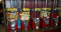 Молодой тамбовчанин пытался украсть из магазина стойку с конфетами