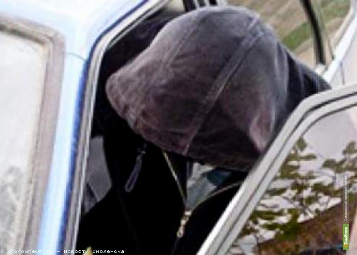 Тамбовчанин «прокатился с ветерком» на угнанном автомобиле