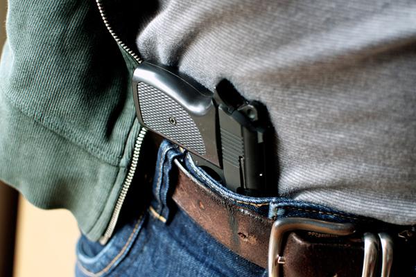 Госдума разрешит стрелять в злодеев, защищая свою жизнь, здоровье и имущество
