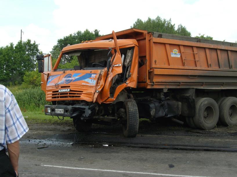В ДТП в Инжавино погиб мужчина