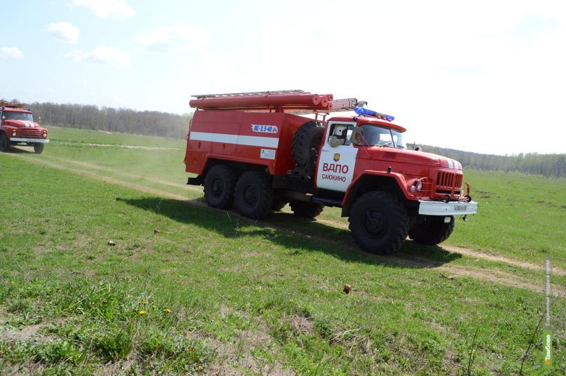 Тамбовские огнеборцы потушили за сутки пять пожаров