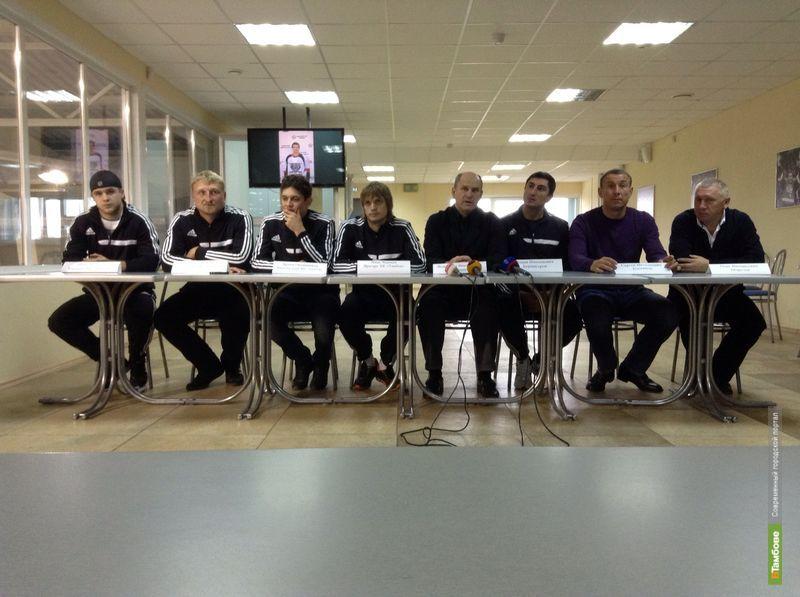 Тамбовские хоккеисты планируют закончить сезон в середине «турнирки»