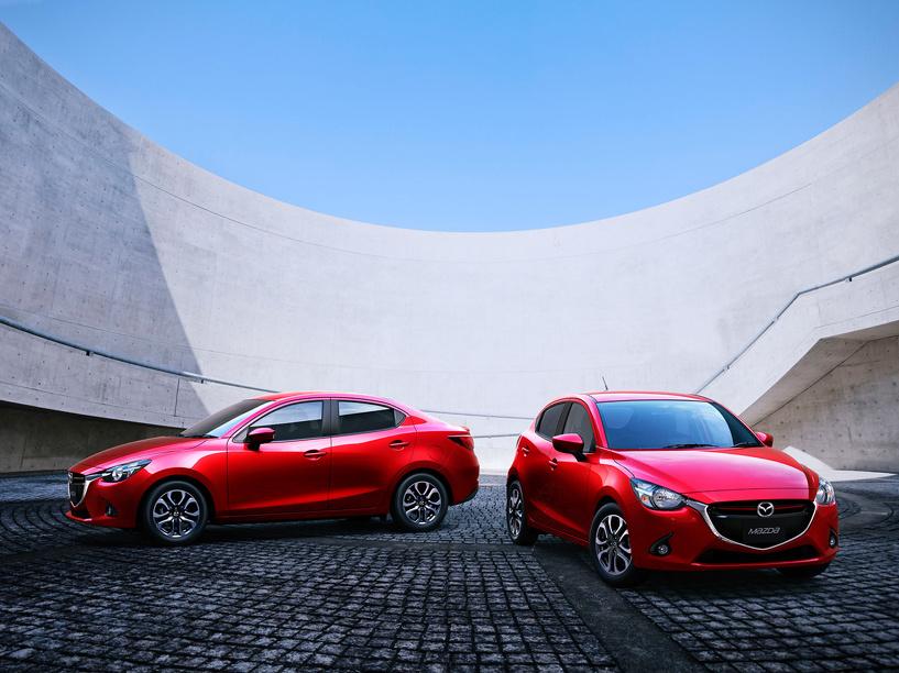 Трехобъемный Demio: Mazda показала седан на базе «двушки»