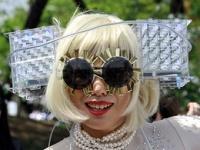 Леди Гага сказала «спасибо» Медведеву