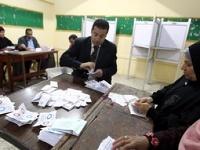 Египтяне поддержали новую конституцию