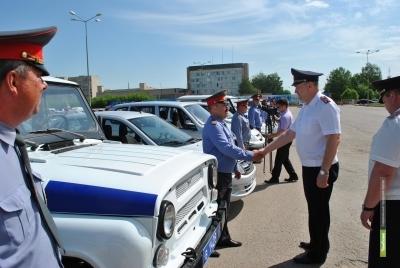 Тамбовским полицейским подарили новенькие авто