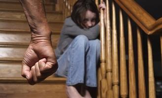 В 2016 году в области снизилось количество случаев жестокого обращения с детьми