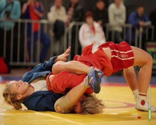 Тамбовская самбистка стала чемпионкой ЦФО
