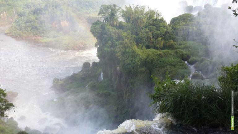 Онлайн-путешествие с ВТамбове: Что объединяет водопад и карнавал?