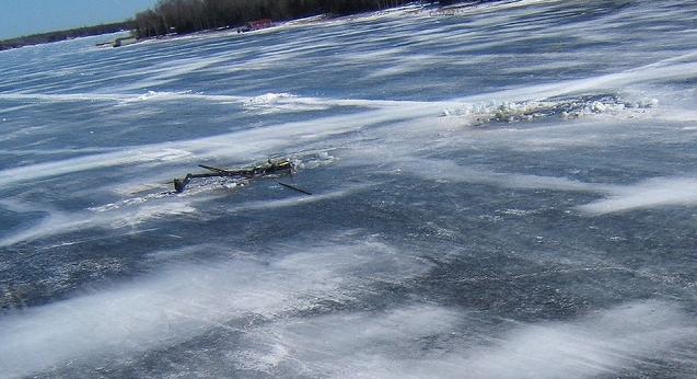 МЧС России по Тамбовской области напоминает правила безопасности при нахождении на льду