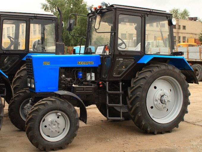 Жителя Инжавинского района обманули при покупке трактора