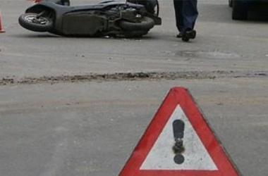 В Уварово два подростка на мопеде попали под колёса «легковушки»