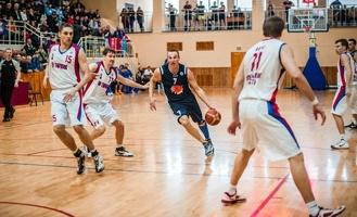 Тамбовские баскетболисты проиграли первую встречу в Энгельсе