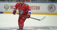 Путин сыграл в хоккей с Шойгу и забил шесть шайб