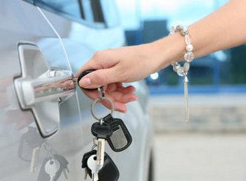 Жительница Никифоровского района приобрела автомобиль с долгами