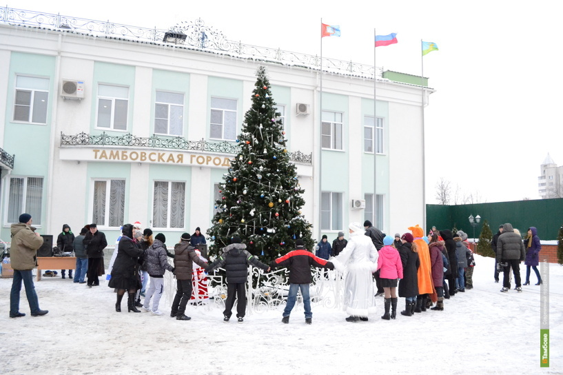 Депутаты горДумы поздравили юных тамбовчан с Новым годом