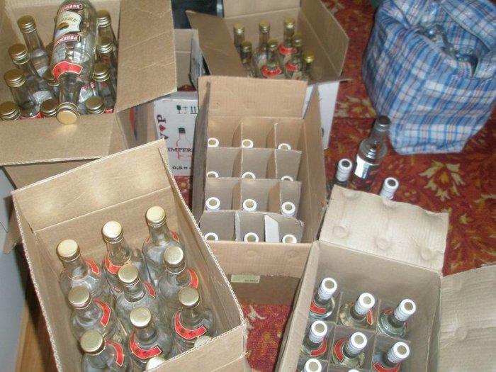 Тамбовские полицейские изъяли больше 600 бутылок «паленого» алкоголя