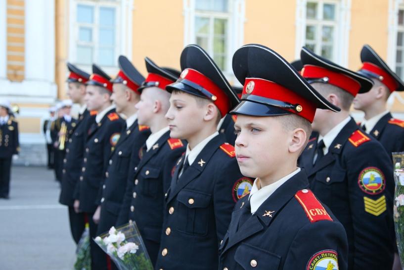 В Тамбове хотят собрать подписи в поддержку возрождения Суворовского училища