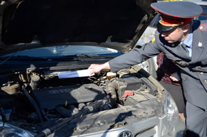 Группа молодых мичуринцев похищала аккумуляторы из автомобилей