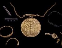 Археологи откопали в Иерусалиме клад времен средневековья