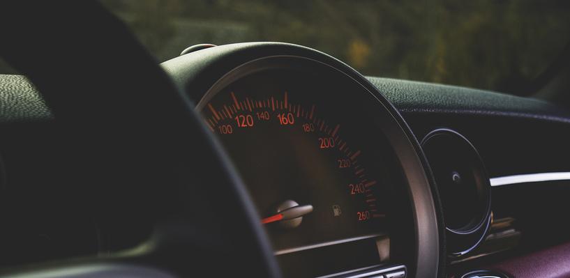 Эксперты составили рейтинг самых быстрых авто до ста лошадиных сил
