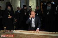 Путин помолился и прочитал псалмы у стены Плача в Иерусалиме