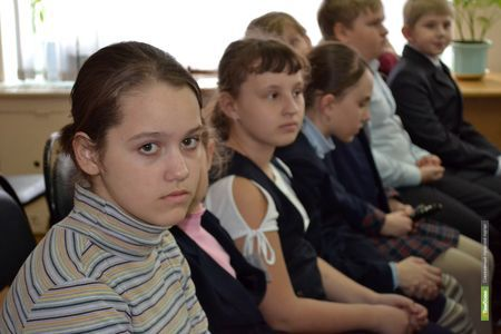 Тамбовские школьники в Питере спали на раскладушках