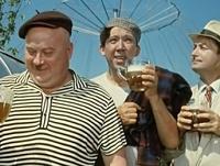 Госдума предлагает запретить киногероям употреблять алкоголь