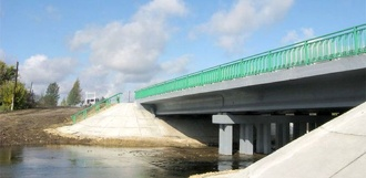 Мост через реку Челновую обещают отремонтировать к осени