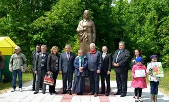 На Тамбовщине появился памятник Марии Поленовой