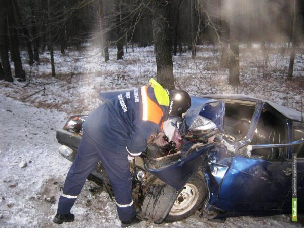 На трассе Липецк-Тамбов столкнулись три автомобиля