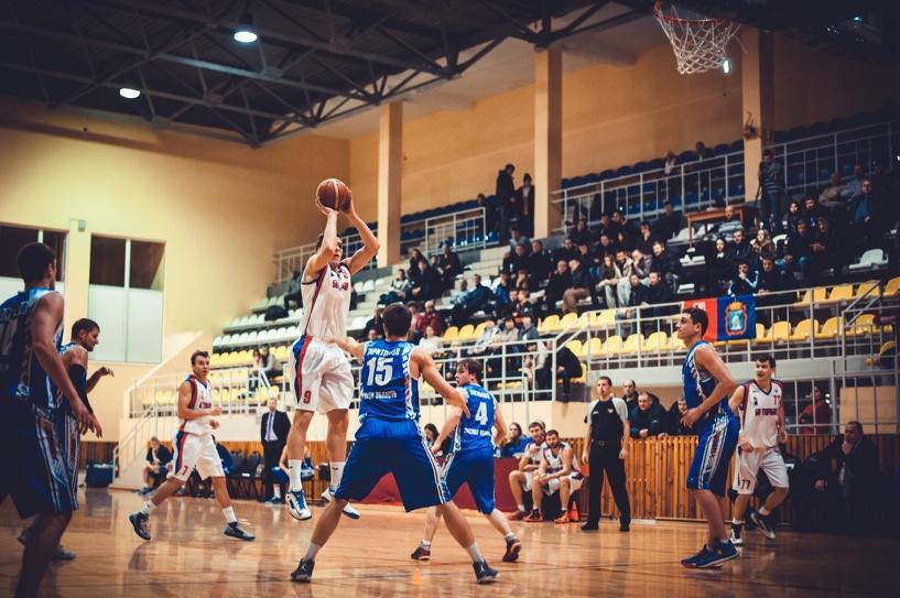 БК «Тамбов» выиграл первую встречу у соперников из Омска
