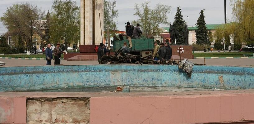 В Мичуринске наконец отремонтируют фонтан, простаивающий несколько лет