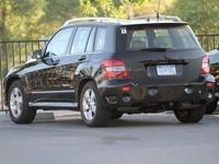 Появились фото обновленного Mercedes-Benz GLK